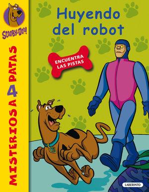 SCOOBY-DOO. HUYENDO DEL ROBOT